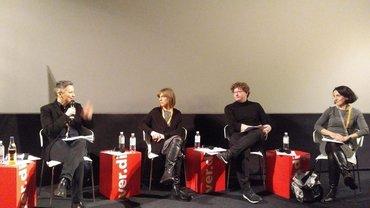 Im Kino 4 des Cinemaxx am Potsdamer Platz diskutierten (v.l.n.r) Skadi Loist, Grit Lemke, Daniel Ebner vom Forum österreichischer Filmfestivals (FÖFF), Adrienne Boros